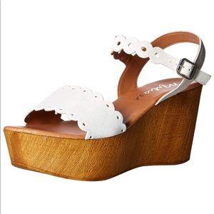Matisse White Suede Chrysler wooden Wedge Sandal